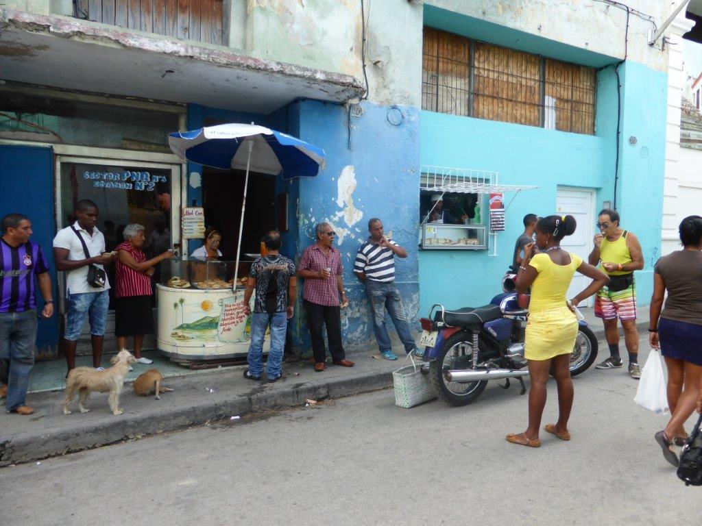 קובה אוכל רחוב דוכן כריכים