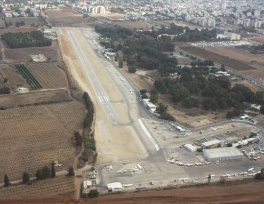 חודש לתאריך המיועד לסגירת שדה התעופה הרצליה