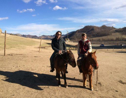 הסוס המונגולי והחייל המשוחרר